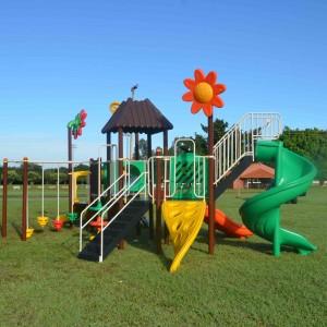 playgrounddeferroplaygroundinfantilplaygroundparapracaspublicasplaygrounds